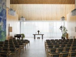 En av de stora salarna i kapellet